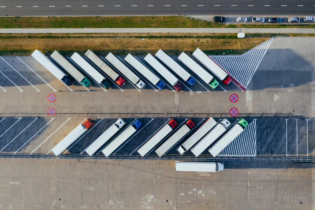 LKW Parkplatz von oben