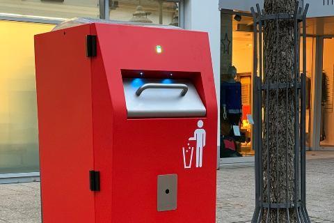 Mit smarten Mülleimern zu Effizienz und Sauberkeit